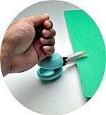 Casta カスタ 誰もが使い易い 置いたまま安全に使えるハサミです。